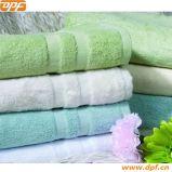 Serviette avec bordure en satin de Shanghai DPF Textile (DPF201653)