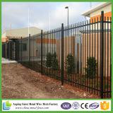 Alta calidad decorativa de hierro forjado punta de acero de valla de acero