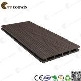 Gris clair Extérieur Plancher de bois en plastique