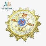 La policía de encargo del metal del borde del engranaje de la aleación del cinc Badge con insignia suave del esmalte