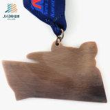 70mmの安いカスタムエナメルの空手のロゴの金属のスポーツのメダルおよびトロフィ