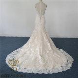 2017最新の人魚のセクシーなウェディングドレス。 重いレースはフォーマルドレスの花嫁の服を均等にする婚礼衣裳の花嫁の服党に玉を付けた