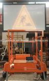 Reboque psto solar do sinal de tráfego da mensagem com sistema manual da dobra do guincho