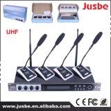 Microphone de système sans fil de la Manche de la fréquence ultra-haute 4 tenu dans la main/conférence/option d'écouteur