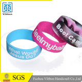 Wristbands multicolori del braccialetto della fascia di manopola del silicone con testo su ordinazione