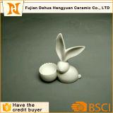 De verglaasde Witte Ceramische Houder van het Paasei van het Konijn