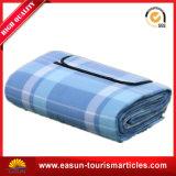 動物の印刷を用いる平野によって染められる子供の柔らかい綿毛布