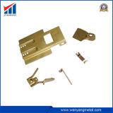 押された金属のハードウェアの部品を打つ高品質のハードウェア