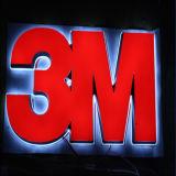 Le métal fait sur commande marque avec des lettres le signe pour la publicité