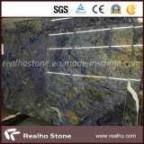 青いSodaliteおよびAzul Macaubasの花こう岩の平板
