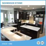 Bancadas pré-fabricadas da pedra branca pura de quartzo para a cozinha