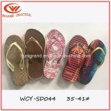 Plage d'été Slipper femmes sandales de plein air avec TPR seul