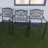 Tabella e presidenze di materiali della decorazione circa mobilia esterna