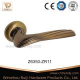 2016 traitements de levier en bois en alliage de zinc de porte de modèle neuf (Z6308-ZR11)