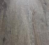 suelo auto-adhesivo Anti-Deslizadizo del vinilo del PVC de la Desgastar-Resistencia de 2.5m m