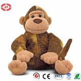 Jouet mou de fantaisie se reposant matériel teint par singe de peluche de peluche