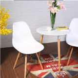 Moderner konzipierter Aufenthaltsraum-Großhandelsstuhl PlastikEmes, das Stuhl speist