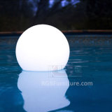 電池との暗闇のつけられた膨脹可能なプラスチックLED軽い球の白熱