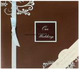 Álbum de recortes de papel de boda con marco y brillo