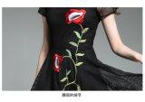 De gama alta negro encaje sin mangas de malla bordado vestido de niña de flores