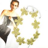 새로운 우아한 간단한 형식 보석 금 색깔 여자 숙녀를 위한 Bijoux Femme Jewellery Handmade 귀여운 꽃 숨막히게 하는 것 목걸이