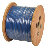 Câble coaxial RG6U avec la CE