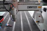 Máquina de CNC 1325 de alta eficiência para janelas de madeira para portas de madeira MDF Woodworking