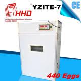 Piccola incubatrice Yzite -7 dell'uovo del pollo delle uova calde di vendita 400