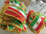 Изготовленный на заказ флаг таблицы ткани с чувствительной вышивкой
