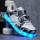 Das sapatilhas carregáveis do diodo emissor de luz da forma sapatas ocasionais para crianças