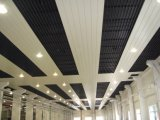 Plafond linéaire d'Anti-Vent de bande en aluminium de C-Forme de qualité pour l'aéroport