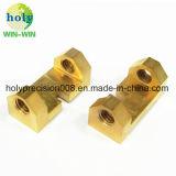 Connecteur d'usinage CNC personnalisé de précision les pièces en laiton