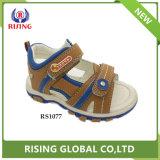 Nouveau design élégant Hot vendre TPR Semelle sandale de gros de l'enfant