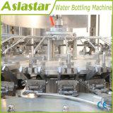 De automatische het Vullen van het Water van de Fles 500ml Bottelmachine van het Water van de Installatie
