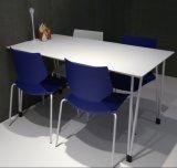 현대 디자인 나무로 되는 강철 직사각형 대중음식점 테이블