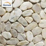 Mattonelle di mosaico esterne della pietra del ciottolo della stuoia delle mattonelle di pavimento di vendita del mosaico caldo del marmo
