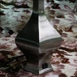 El Cuerpo de metal moderno de la moda Lámpara de mesa para el hogar o el Hotel