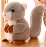 Giocattolo animale della peluche dello scoiattolo sveglio