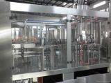 Máquina de rellenar pura Cgf883 del agua o del jugo