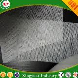 Tissu non tissé perforé non tissé pour faire des couches