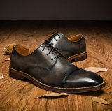 Pattini di Oxford del cuoio del vestito da Brogue del Brown