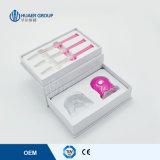 Zahn, der die Lampen-Weißkocher-Reinigungs-Bleiche-Installationssatz-zahnmedizinischen Zähne weiß weiß wird