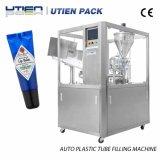 Stabiele Auto het Vullen van de Lippenpommade Runing Verzegelende Verpakkende Machine