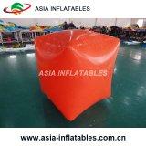 広告する水Triathlonsのための立方体の形の膨脹可能な水泳のブイ