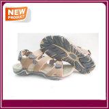 Pattini del sandalo della spiaggia degli uomini per estate