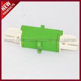 Hergestellter PlastikoptikE2000 APC Singlemode Adapter der faser-