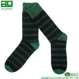Темно - носки хлопка платья людей нашивок зеленого цвета