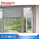 Het Openslaand raam van het aluminium met Elektrische Blinden