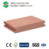 Plancher extérieur composé en plastique en bois plein avec la qualité (HLM44)
