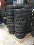 La Chine pneu solide pneu solide 10-16,5 12-16,5 Bobcat pneu chargeur Skid Steer